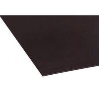 <p>Trimaform zwart is een exterieur verlijmde door en door berken betontriplex voorzien van een tweezijdig 120gr/m² zwarte fenolharsfilm. Vanwege fenolharsfilm zijn eventuele kleurverschillen in het dekfineer hierdoor niet zichtbaar.</p>